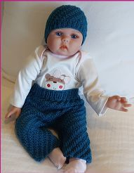 Baby pants and beanie knitting pattern. Knitted Baby Beanies, Knitted Baby Clothes, Baby Clothes Patterns, Baby Knitting Patterns, Baby Pants, Crochet Yarn, Doll Clothes, Free Pattern, Sweaters For Women
