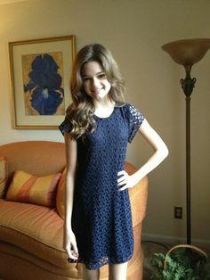 Ciara Bravo ! I love that dress !