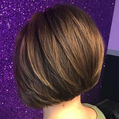 Inverted Bob with Chunky Layers If you have straight thick hair, opt for a short bob haircut that is shorter in the back and longer in the front. A natural brown color will give you a glamorous and elegant look. Girls Short Haircuts, Short Hairstyles For Thick Hair, Medium Bob Hairstyles, Very Short Hair, Haircut For Thick Hair, Short Hair With Layers, Short Hair Cuts For Women, Pixie Haircut, Short Hair Styles