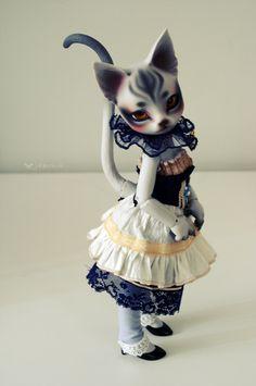 Pretty kitty.