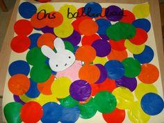 Begeleide of zelfstandige activiteit - Ballenbod groepsactiviteit Crafty Kids, More Fun, Little Ones, Kids Rugs, Decor, Carnival, Ideas, Decoration, Kid Friendly Rugs