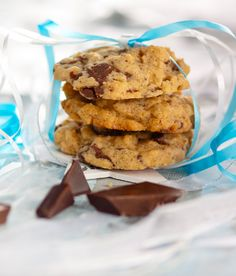 These delicious cookies combine two heart healthy foods – walnuts and dark chocolate. Nutrition: 160 calories, 3 g protein, 1 g fibre per serving.