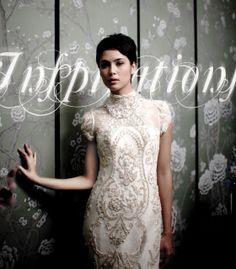 Kebaya inspired wedding dress...the detail is simply stunning. Pakain Cantik untuk menghadiri pernikahan