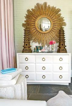 starburst     Images: Melanie Turner for Atlanta Home