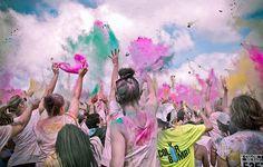 Color me rad - Montreal, Olympic Parc, June 9, 2013 #ColorMeRad #montreal #run # paint #paintFight #paintCloud #fun #5k #crowd #colorBomb