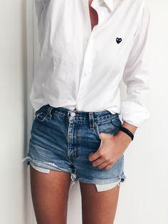 Comme des Garcons shirt, Vintage Levis 501 shorts. Via Mija