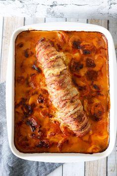 Lasagna, Bacon, Food Porn, Pork, Food And Drink, Yummy Food, Ethnic Recipes, Danish, Kale Stir Fry