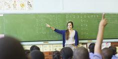Nisan ayında öğretmenler yeni bir atama bekliyor. 40 bin öğretmen alınacağı haberleri yayılmış durumda. Sizler için bu haberi yazdık. Detaylar haberimizde