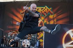 Scott Ian of Anthrax performs during the 2012 Rockstar Energy Drink Mayhem Festival at San Manuel Amphitheater in San Bernardino, California on June 30th, 2012.