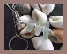 Abyjem joyería hecha a mano.  Sea Glass y colgante de plata fina