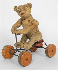 Teddy Bear on Wheels... Steiff 1902 - 1919