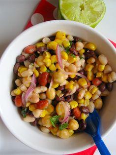 Beans and Corn Salad (Ensalada de Frijol y Maiz) So easy and everyone loved it!