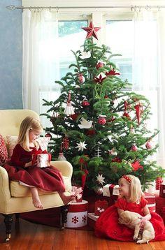 beautiful modern red & white Christmas tree scene