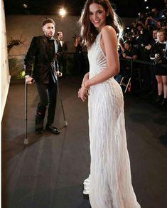 and Bruna Marquezine attend the 2018 amfAR gala Sao Paulo. Bruna Marquezine And Neymar, Prom Dresses, Formal Dresses, Wedding Dresses, Junior Fashion, Neymar Jr, Girl Inspiration, Queen, Dress To Impress