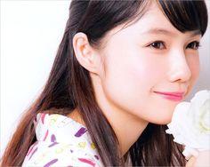 Maki, gahjshkdjdnd she's so cute! Cute Japanese, Japanese Girl, Azusa Yamamoto, People Poses, Art Of Beauty, Japanese Artists, Miyazaki, Summer Girls, Most Beautiful Women