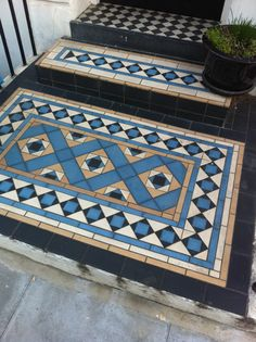 Victorian tiles in Primrose Hill - REALLY great colours. Victorian Hallway, Victorian Tiles, Victorian Buildings, Victorian Flooring, Hall Tiles, Tiled Hallway, Hallway Flooring, Front Garden Entrance, Front Path