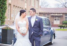 Bride and Groom | Wedding Poses | Classic Car | Rubidia C Photography