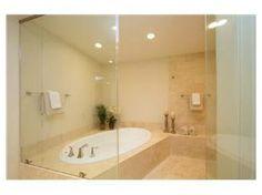 love walk in showers with bathtubs inside