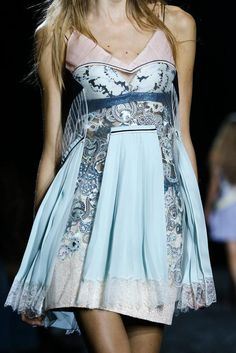 Mary Katrantzou Spring 2015 Ready-to-Wear - Collection - Gallery - Look 1 - Style.com