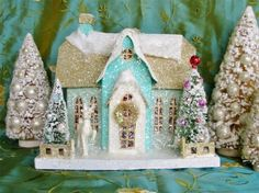 Vintage Style Cody Foster Large Glittered Manor House Christmas Cottage Putz