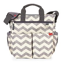 online shopping for Skip Hop Messenger Diaper Bag Matching Changing Pad, Duo Signature, Chevron from top store. See new offer for Skip Hop Messenger Diaper Bag Matching Changing Pad, Duo Signature, Chevron Best Diaper Bag, Baby Diaper Bags, Nappy Bags, Diaper Babies, Newborn Diapers, Baby Basics, Franck Fischer, Kids Collection, Baby Freebies