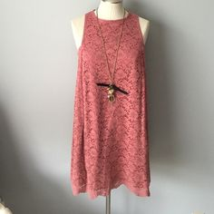 Medium  sleeveless Mango dress in blush Medium mango dress in blush color, has been worn a couple times, good condition, had it dry cleaned recently... Beautiful lace, awesome lines..has hidden pockets too Mango Dresses Midi