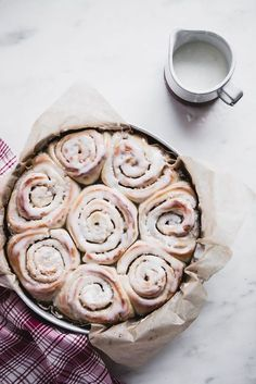 cinnamon rolls for b
