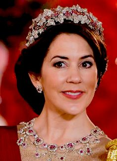 Crown Princess Mary wearing the full Ruby Parure during the State Banquet held in connection with the Belgian State Visit to Denmark on March 28th, 2017.