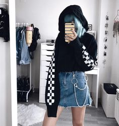 Instagram post by OUTFIT GOALS Sep 15 2017 at 6:58pm UTC
