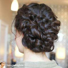 #BraidedUpDo #weddinghairstyles #weddingideas#weddings#hairstyles#updos#hairupdo#braids#braidstyles #braided#hair#hairandfashionaddict #braids#hairstylist#hairtrend #beauty#glam