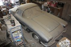 Barn find 1961 Corvette, parked since 1968 could be a really nice ride
