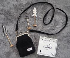 Pikkulaukku pitsillä - Ohje kehyskukkaroon tai - laukkuun - Punatukka ja kaksi karhua