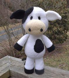 Lil' vaca Amigurumi Crochet patrón PDF por LisaJestesDesigns