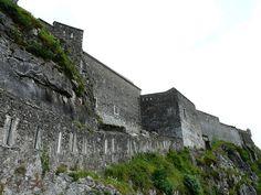 Lourdes château - les remparts