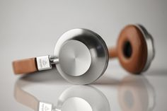 Paris-based audio startup Aedle introduces its first model of high-end headphones with the stunning VK-1