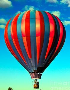 Balloon Glow, Balloon Rides, Hot Air Balloon, Air Balloon Festival, Air Ballon, Colourful Balloons, Wonderful Images, Cool Pictures, Paisajes