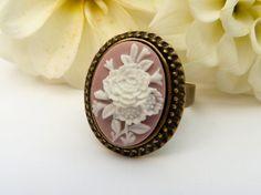 Edler Ring in rosa bronze mit schönem Rosen Motiv von Schmucktruhe