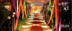 Dicas de decoração para festa à fantasia As festas à fantasia são ocasiões super legais para reunir os amigos de forma bem descolada e divertida. Além das