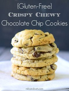 These Gluten-Free Crispy Chewy Chocolate Chip Cookies are crispy on the outside and soft and chewy on the inside. Gluten Free Deserts, Gluten Free Sweets, Foods With Gluten, Gluten Free Cooking, Cooking Recipes, Gluten Free Chocolate Chip Cookies, Recipe For Gluten Free Cookies, Egg Free Cookies, Chocolate Chips