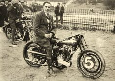 """George Brough and Spit & Polish at Brooklands in 1922,""""Spit & Polish"""" was George Broughs first racing bike.a single cam KTC J.A.P motor of 976cc,In 1923/24 he used a different machine with a twin cam KTR J.A.P motor which he named """"Old Bill"""""""