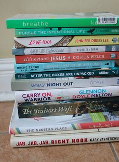 10 Books I Read in June (and My Top 3 Favorites!)