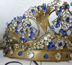 french jeweled crown... amazing!