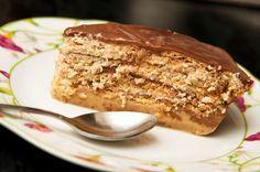 La torta de galletas Maria con flan de chocolate y vainilla es uno de mis postres favoritos, y uno de los más fáciles de preparar.