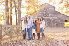 Fall Family Photography, barn, nature, family of 5