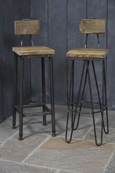 Hairpin stool and straight leg stools made in our workshop! Perfect for Industrial styling Iron Furniture, Quality Furniture, Furniture Makeover, Furniture Design, Wood Bar Stools, Bar Chairs, Küchen Design, Chair Design, Wooden Chair Plans