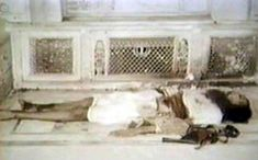 Photo Essay: Rare Images of Dharm Yudh Morcha & June 1984 Attack    The body of Sant Jarnail Singh ji Bhindranwale, arguably the greatest Sikh of the Twentieth Century, martyred on 6. June 1984 by the Indian Army on orders from Indira Gandhi.