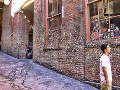 this is cool! gum wall!!