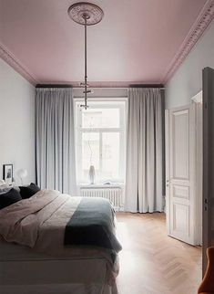 An Apartment With A Bedroom Highlight I Love Pretty Much Everything In This Swedish Apartment I Discovered At Wrede The Grey Coloured Walls And Blah But Tell Me How Insane Is This Pink Bedroom Ceiling Bedroom Ceiling, Home Bedroom, Bedroom Decor, Bedroom Curtains, Bedroom Chandeliers, Bedroom Lamps, Bedroom Lighting, Design Bedroom, Interior Design