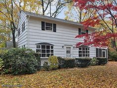 49 Cowesett Rd, Warwick, RI 02886 - $250,000, 5 beds, 2 baths, 1,872 square feet