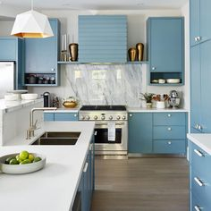 Sarah Richardson Design creates beautiful and happy homes for our clients. Sarah Richardson Kitchen, Fresh Concrete Caesarstone, Grey Bowls, Vintage Cake Stands, Lakefront Homes, Interior Decorating, Interior Design, Concept Home, Paint Colors For Home